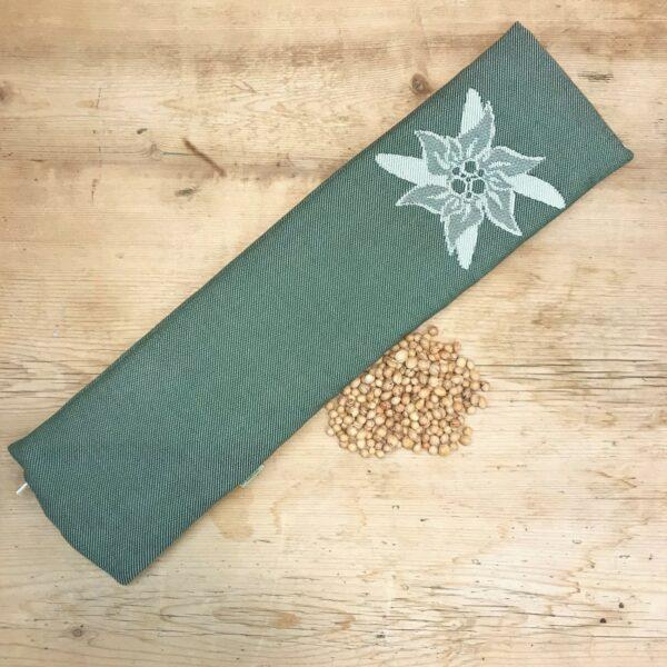 """Noccioli di ciliegia, sfoderabile, fantasia """"stella alpina"""" verde double face, misura lunga ideale per la cervicale"""