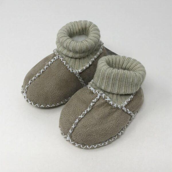 Scarpine babbucce portafortuna per neonato in pelliccia, colore beige
